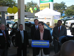 Mark Bentley (ACFC), Don Evans (President-Fords Fuel) Bill Johnson (Director-ADECA), Alabama Governor Bob Riley, and Mayor Sam Jones (Mobile)
